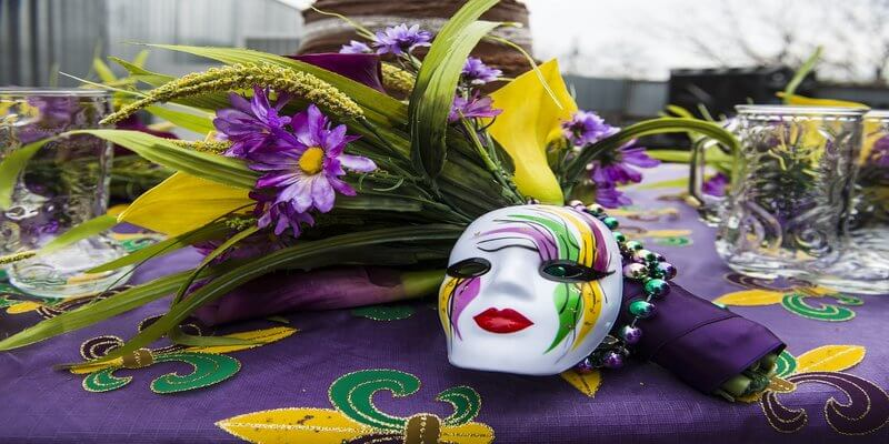 How to Prepare Your Bar for Large Events - Mardi Gras Style